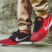 Sepatu Nike Flyknit Racer University Red