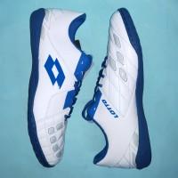 Sepatu Futsal Lotto Squadra IN White Dawn Blue Pasific Blue grab