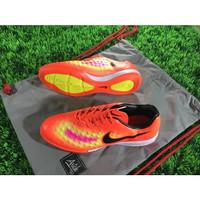 Sepatu Futsal Nike Magista II Onda IC - Crimson