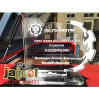 Plakat Trophy Piala Standee AKRILIK 5mm CUSTOM 10x10 MURAH