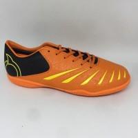 New..Sepatu futsal Ortuseight original Blitz in orange black new 2019