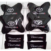 Aksesoris mobil bantal Toyota Innova Venturer