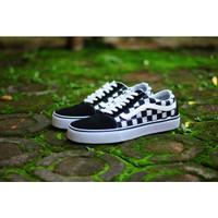 Sepatu Vans Old Skool Catur Hitam Putih Sneakers Pria Casual Import