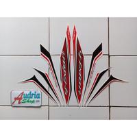 Stiker Striping Motor Yamaha New Vixion 2013 Putih-Merah