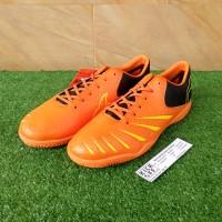 Ortuseight Blitz IN (Sepatu Futsal) - Ortrange/Minion Yellow/Black