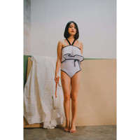 Off-shoulder Sabrina Swimsuit Multifungsi | Baju Renang Sabrina Putih