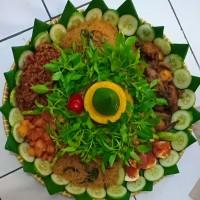 nasi kuning tumpeng besar porsi 20 orang