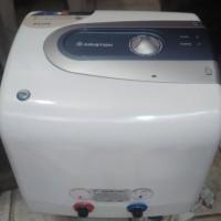 Water heater ariston ti pro 15 liter 500 watt