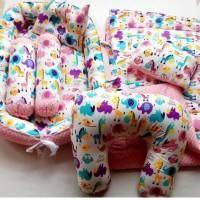 Baby Nest Set Bedcover Bantal Menyusui
