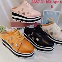 Sepatu balnani 21