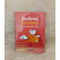 Buku Muslimah Bercahaya (by Arif Rachman Lubis)