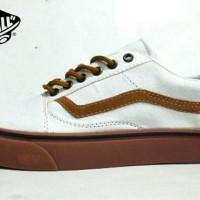 HOTSALE Sepatu Vans old skool putih lis cokelat sneakers casual keren