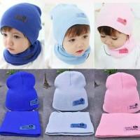 Set 2 Pcs Topi Kupluk dan Syal Rajut Bayi Anak