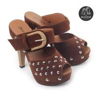 Sandal Sepatu Wanita Trendy Masa Kini