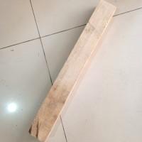 Kayu Balsa balok 5.5cm x 8cm x 65cm 1pcs