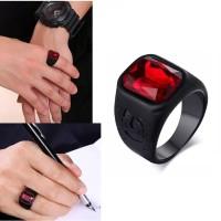 Cincin Stainless Steel hitam safir merah octagon cincin pria wanita