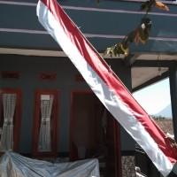 Bendera merah putih layur