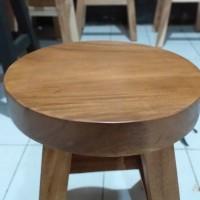 kursi kayu bulat /stool kayu model bulat - Hitam