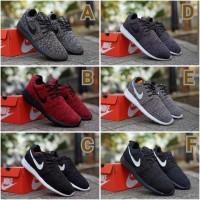 Nike Roshe Run size 39 - 45 sepatu pria olahraga sekolah putih hitam