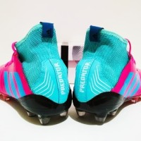 SEPATU BOLA Adidas Predator Boots 18 FG Sol Warna Import Pink Tosca