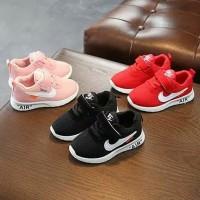 sepatu sneaker kets casual sport nike air merah pink anak balita impor