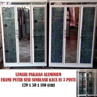 Lemari Pakaian Aluminium Frame Putih Susu Sunblash kaca es 3 pintu