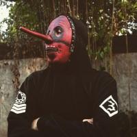 Topeng Chris Fehn merah Slipknot