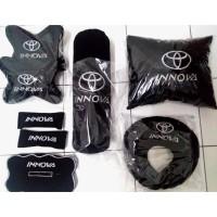 Bantal mobil Toyota Kijang Innova full set