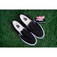 Sepatu Vans Classic Slip On Black Original Aunthentic Shoes Tanpa Tali