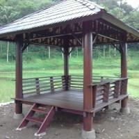 Kursi saung dan tiray bambu