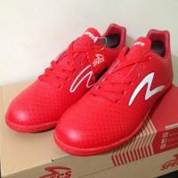 Sepatu Futsal Specs Barricada Guardian In Emperor Red 400696 Original