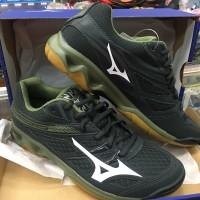 Sepatu Mizuno Badminton atau Volly Thunder Blade Black Grey