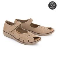 Sepatu Casual Wanita Masa Kini