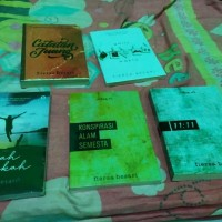 Paket 5 Novel Fiersa Besari Garis Waktu, Arah Langkah, Konspirasi Alam