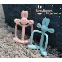 Mamas Tem Bunny Banana Glove Teether + Case - Peach