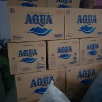 air minum aqua botol 600ml 1 dus