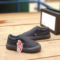 Sepatu Sekolah Anak Vans Slip On Hitam Polos