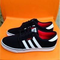 Sepatu Adidas Skateboarding Seeley Black White Original