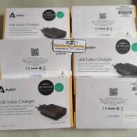 Adapter Adaptor Batok Turbo Charger Aukey PAU28 PA U28 Quick Cas QC2.0
