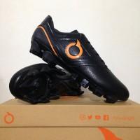 Sepatu Bola OrtusEight Genesis FG Black Ortrange 110100 SPTB