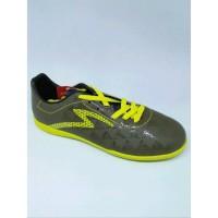 Sepatu Futsal Specs Quark IN Evil Olive Zest Green