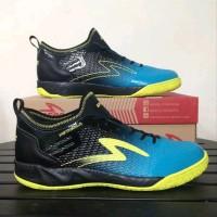 Sepatu futsal specs metasala musketeer black coctail blue 400735