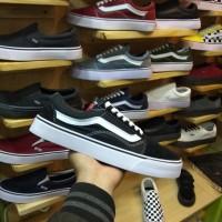 sepatu Vans old school