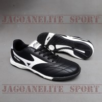 Sepatu Futsal Mizuno Hitam Putih Black Label