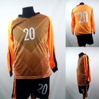 Setelan Baju/Kaos Sepak Bola/Futsal Tim Premium Dewasa Kiper Oranye