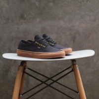 Sepatu Vans Authentic Black Sol Gum Ring Gold Sneakers Skate Pria