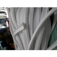 karet sirip 726 warna putih kaca jendela aluminium