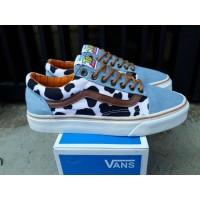 Sepatu Sneakers Unisex Vans Old Skool Disney Toy Story Woody Premium