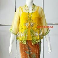 Kebaya Modern Organza dan Camisol Warna Kuning - Kuning, S