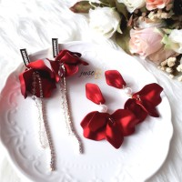 [READY] Anting Korea Red Flower Acrylic Bunga Merah Imlek Valentine